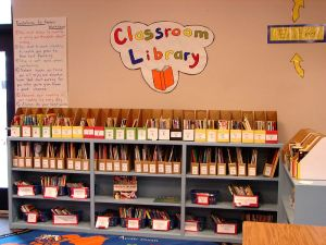 800px-ClassroomLibrary