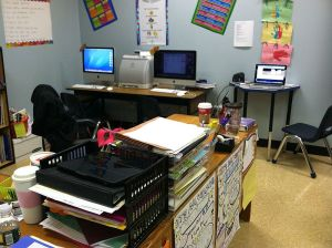 800px-Technology_in_classroom